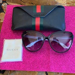 AUTHENTIC Gucci glasses!